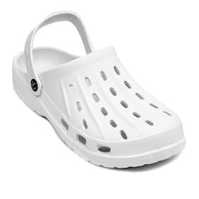 SVAAR Men White Sandals & Floaters