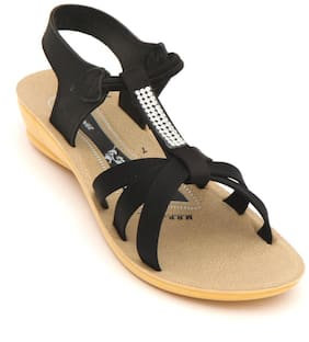 SVAAR Women Black Floaters