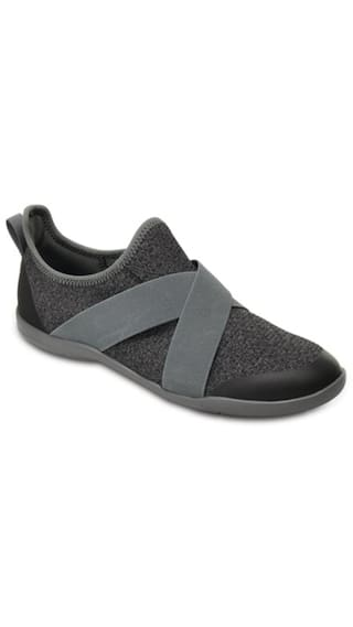 dfce2de3e Buy Crocs Women Grey Casual Shoes Online at Low Prices in India ...