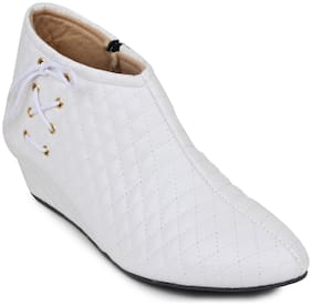 TEQTO Women White Ankle Length Boots