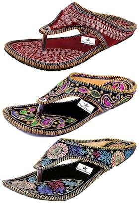 b1f6efd54 Ethnic Footwear for Women – Buy Wedding Shoes   Ethnic Shoes Online ...