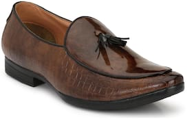 Men Brown