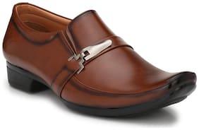 Trendigo Men Tan Formal Shoes