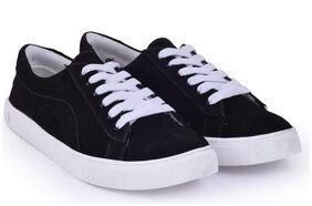 TRENDY LOOK Women Black Sneakers