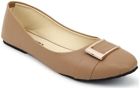 Tryfeet Women Beige Bellie