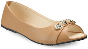 Tryfeet Women Beige Bellies