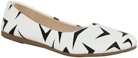 Tryfeet Women White Bellies
