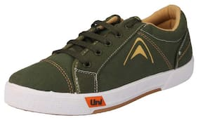 Unistar Men Green Sneakers
