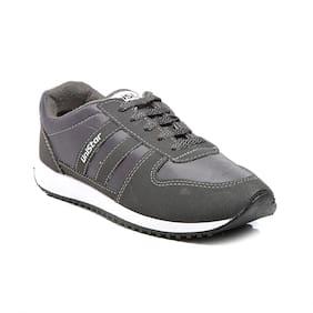 Unistar Men Grey Walking Shoes