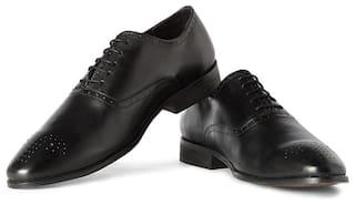 1eabb31e9085 Buy Van Heusen Men Black Formal Shoes Online at Low Prices in India ...