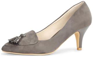 Van Heusen Grey Heels