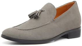 VETO Men Grey Casual Shoes