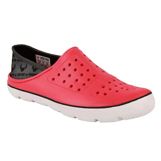 9f6108e59d Buy Vostro Men Red Sneakers Online at Low Prices in India ...
