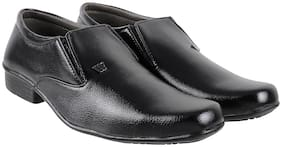 Walkway Men Black Formal Shoes