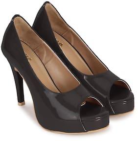 Wika Black Heel For Women