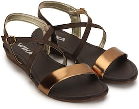WIKA Women Brown Criss Cross