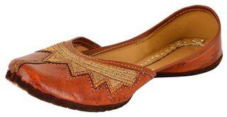 Women's Brown Leather Juttis(plain Work)