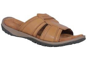 ca21deb26 Woodland Slippers - Buy Woodland Flip Flops Online for Men at Paytm Mall