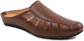 WOYAK Men Tan Sandals