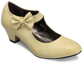 fc6f10451a7 Buy Yepme Beige Heels Online at Low Prices in India - Paytmmall.com