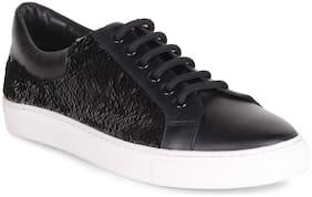 ZENYATAA Men Black Sneakers