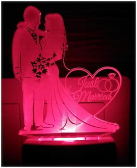 2Mech Romantic Love couple Just married Acrylic Colour Changing 3D Illusion LED Night Lamp (Multicolour)