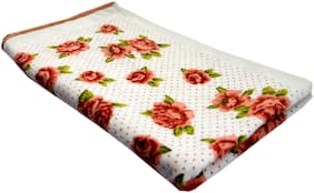 Attractive Flowers Print Love Touch Very Soft & Cotton Girls & Women, Baby Hand, Hair & Bath Towels (Size-20X35 inch_1 Piece)