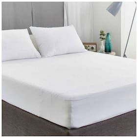 AVI Set of 2 Pcs Waterproof Dustproof King Size Fitted Mattress Protector (72x72) With 4 Standard Size Pillow Protector(17x27) (White)