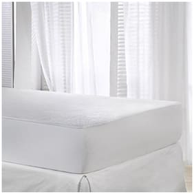 AVI Set  Queen Size Mattress Cover-60x72 With Set of 4 Standard Size Pillow Protector/Waterproof Pillow Cover(17x27)- (White)
