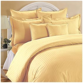 AVI Cotton Striped Double Size Bedsheet 144 TC ( 1 Bedsheet With 2 Pillow Covers , Golden )