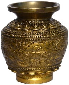 Brass Metal Pot with Excellent flower Carving and Finishing Work by Bharat Haat BH00961