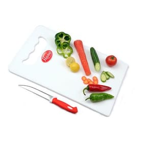 Big Plastic Cutting Board with Knife