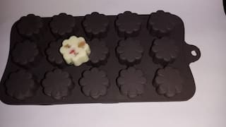 Chitranshi Silicone Chocolate Mould,Jelly Candy Mould,Cake Baking Molds,15 cavity bakeware Flower shape mould.(Set of 1)