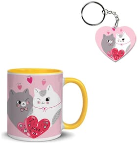 Coloryard Best Happy Valentines Day Gift Cartoon Cute Couple Cats Shape Heart Vector Design On Yellow Inner Handle Ceramic Coffee Mug With Heart Keychain Gift