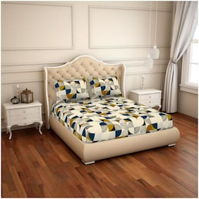 CORE Designed by Spaces Cotton Geometric King Bedsheet ( 1 Bedsheet With 2 Pillow Covers , Multi )