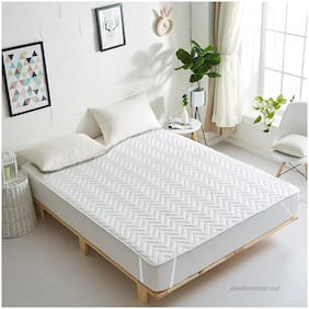 Cozyland Premium Water Proof and Dust Proof Single Mattress Protector