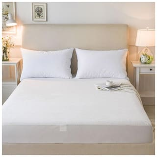Dream Care Breathable Waterproof And Dustproof Queen Size (WxLxH : 66''X72''X9'') Luxury White Colour Elastic Mattress Protector - 1 Pcs