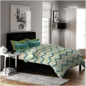 Dreamline Microfibre Printed Double Bedsheet ( 1 Bedsheet With 2 Pillow Covers , Green )