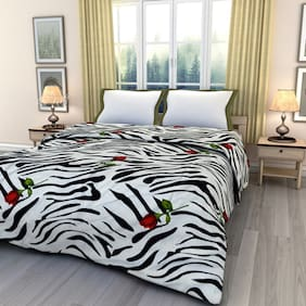 eCraftIndia Zebra Print With Red Rose Double Bed Reversible Ac Blanket