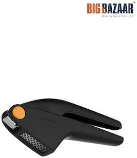 Fiskars Garlic Press (Black)