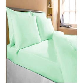 Fresh From Loom Cotton Solid Double Size Bedsheet ( 1 Bedsheet With 2 Pillow Covers , Green )