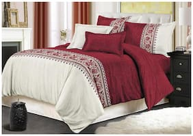 Gifty Microfiber Geometric King Size Bedsheet 220 TC ( 1 Bedsheet With 2 Pillow Covers , Red & White )