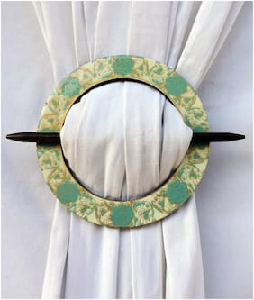 H & W Ivory/Green MDF Round Shape Curtain Tieback- Set of 2