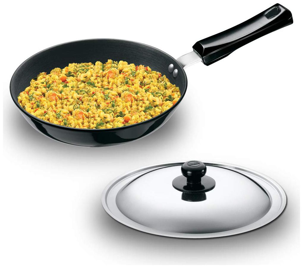 Hawkins Futura Nonstick Induction Compatible Frying Pan with Stainless Steel Lid,Capacity 1 L,Diameter 22 cm,Thickness 3.25 mm,Black