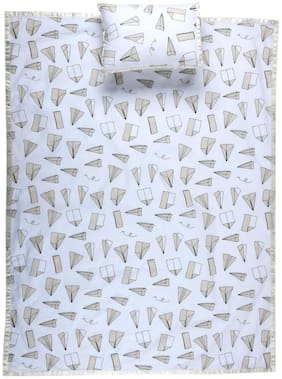 Lush & Beyond Multicolor Geometric Print Baby Bedsheet With a Pillow Cover