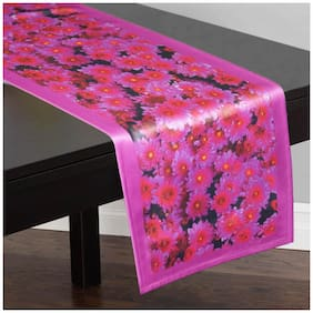 Lushomes Polyester Pink Table Runner