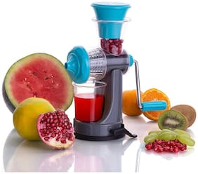 Manual Hand Fruit Juicer And Vegetable Nano Juicer / Extractor With Unbreakable Plastic Body And Stainless Steel handle / Strainer