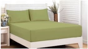 Maspar Cotton Solid King Bedsheet ( 1 Bedsheet With 2 Pillow Covers , Green )