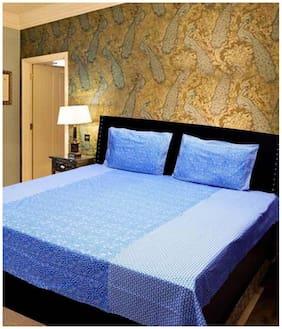 Profit blitz Cotton Floral Double Size Bedsheet 166 TC ( 1 Bedsheet With 2 Pillow Covers , Blue )