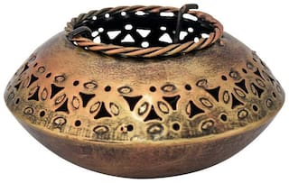 RITWIKA'S Iron Tea light holder ( Set of 1 )